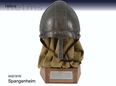 Bild  Spangenhelm Antikfinish Replik