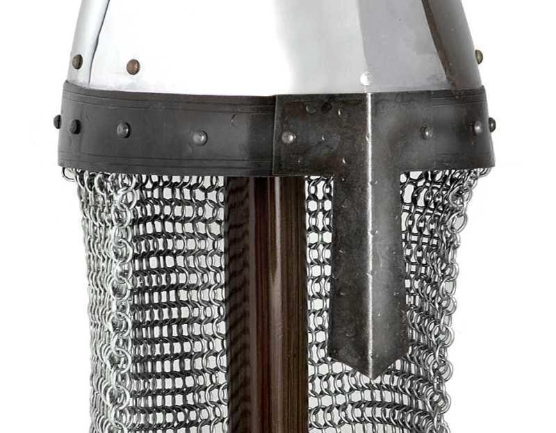 Bild  Normannischer Helm mit Brünne