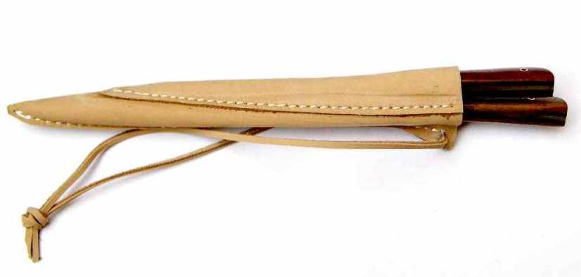 Mittelaltermesser und Essdorn mit Holzgriff