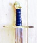 Abb. Schaukampf-Kreuzritterschwert graviert