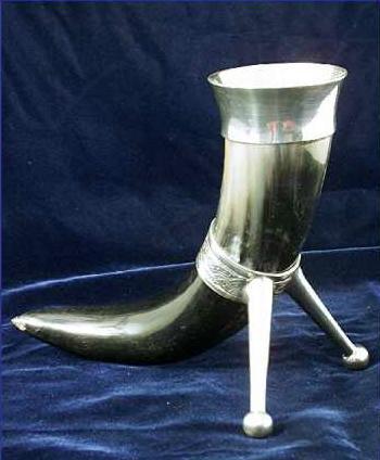 Trinkhorn 0,5 ltr. / Prunkhorn keltisch