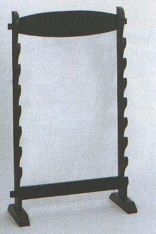 Tischständer für acht (8) Samuraischwerter.